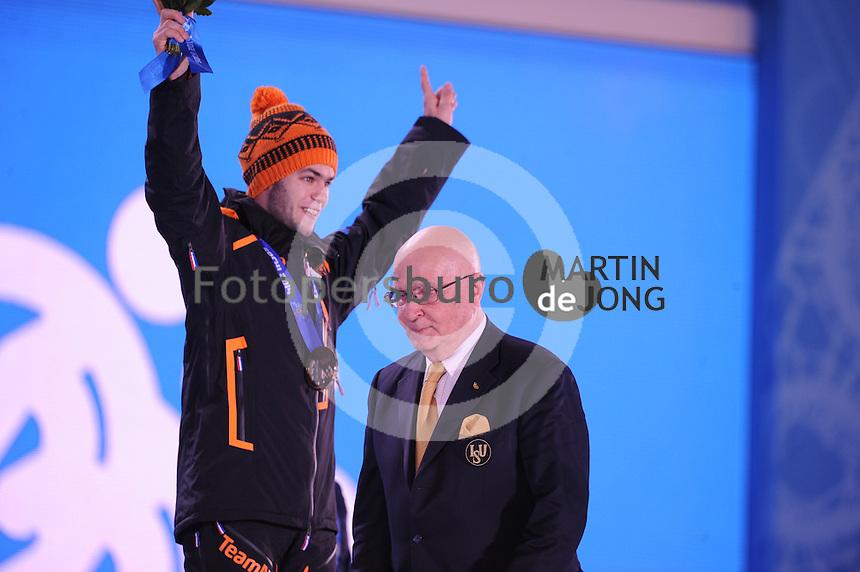 OLYMPICS: SOCHI: Medal Plaza, 15-02-2014, Short Track, Men's 1000m, Sjinkie Knegt (NED), ISU Member German Panov (RUS), ©photo Martin de Jong