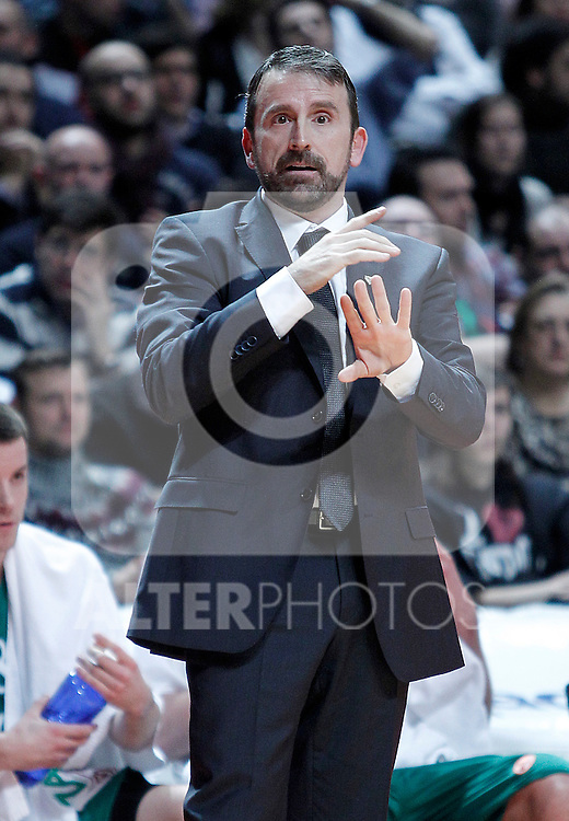 Zalgiris Kaunas' coach Joan Plaza during Euroleague 2012/2013 match.January 11,2013. (ALTERPHOTOS/Acero)