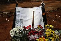 SAO PAULO, SP, 02.11.2014 - DIA DE FINADOS/TUMULO/MCDALESTE - Vista do tumulo do Mcdaleste no Cemitério da Vila Formosa na manha deste domingo (02),localizado na Zona Leste de São Paulo. (Foto: Marcos Moraes / Brazil Photo Press).