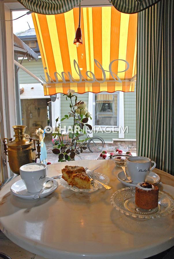 Loja de doces e café em Porvoo. Finlândia. 2007. Foto de Vinicius Romanini.