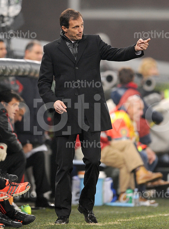 FUSSBALL INTERNATIONAL   SERIE A   SAISON 2011/2012    Genua - AC Mailand   02.12.2011 Trainer Massimiliano Allegri (AC Mailand)