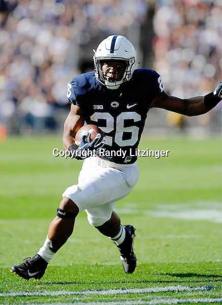 03 September 2016:  Penn State RB Saquon Barkley (26) runs toward the end zone. The Penn State Nittany Lions defeated the Kent State Golden Flashes 33-13 at Beaver Stadium in State College, PA. (Photo by Randy Litzinger/Icon Sportswire)