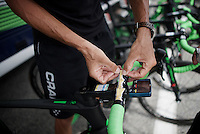 Ruben Plaza (ESP/Orica-BikeExchange) sticking today's profile to his handlebars<br /> <br /> Stage 19:  Albertville &rsaquo; Saint-Gervais /Mont Blanc (146km)<br /> 103rd Tour de France 2016