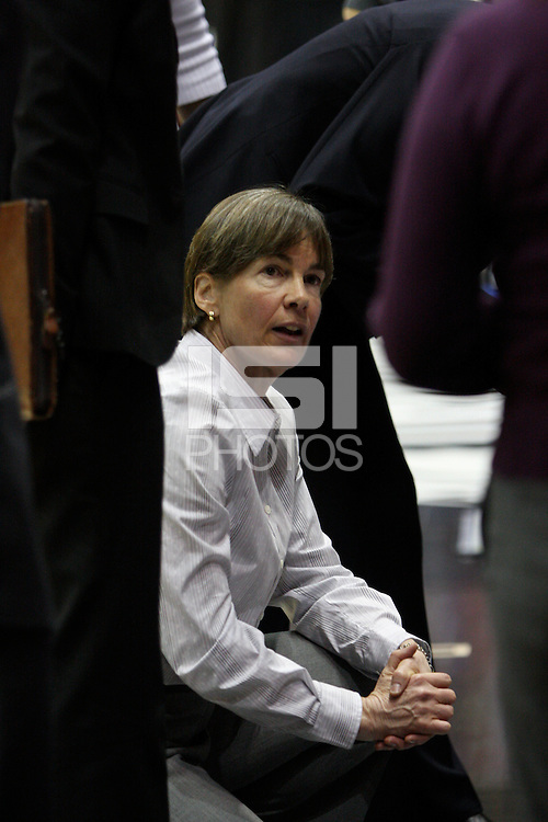 BERKELEY, CA - MARCH 30: Head coach Tara Vanderveer advising in a time out during Stanford's 74-53 win against the Iowa State Cyclones on March 30, 2009 at Haas Pavilion in Berkeley, California.