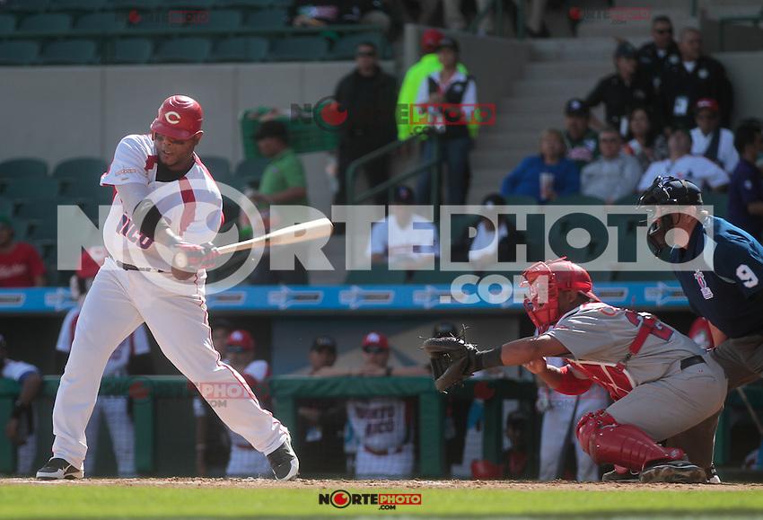 Carlos Rivera (PuertoRico) durante  la Serie del Caribe 2013  de Beisbol,  Puerto Rico  vs Republica Dominicana ,  en el estadio Sonora el 2 de febrero de 2013...© (foto:BaldemarDeLosLlanos/NortePhoto)........during the 2013 Caribbean Series Baseball, Puerto Rico vs Dominican Republic in Sonora Stadium on February 2, 2013 ...© (photo: Baldemar of Llanos / NortePhoto)...http://mlb.mlb.com/mlb/events/winterleagues/league.jsp?league=cse