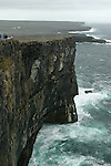 falaises de Dun aonghasa. sud ouest de l'île Inishmore.Cliffs  of Dun aonghasa. south west coast of  Inishmore