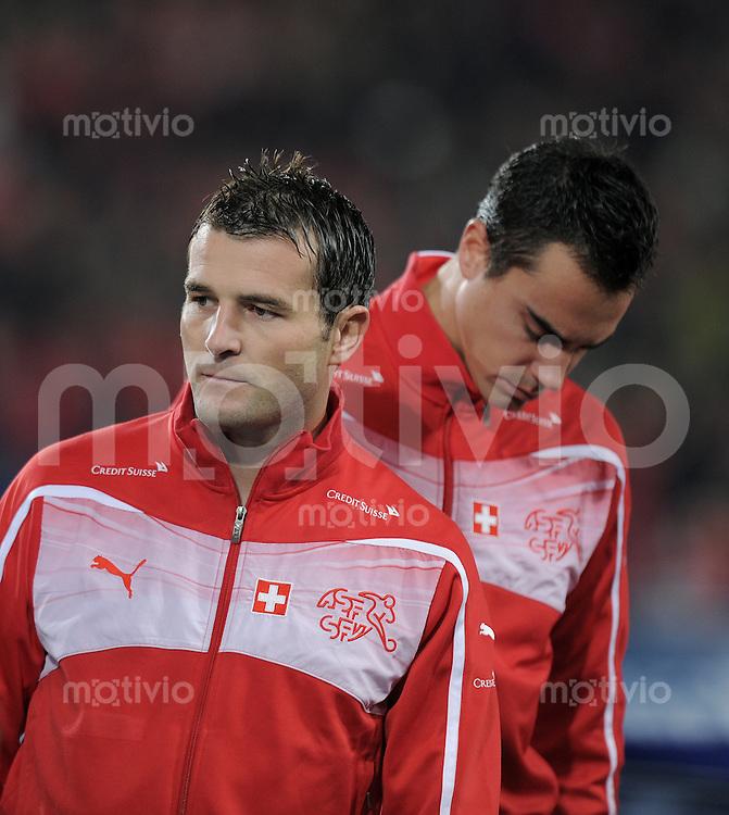 FUSSBALL INTERNATIONAL  EM 2012-Qualifikation  Gruppe A  12.10.2010 Schweiz - Wales Alexander FREI (li, Schweiz) nachdenklich