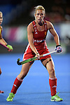 ENG - London, England, August 28: During the women semi-final match between England (red) and Spain (yellow) on August 28, 2015 at Lee Valley Hockey and Tennis Centre, Queen Elizabeth Olympic Park in London, England. Final score 2-1 (1-0). (Photo by Dirk Markgraf / www.265-images.com) *** Local caption *** Susannah TOWNSEND #9 of England