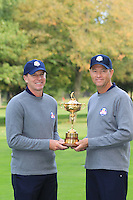Steve Striker with Captain Davis Love III at the USA Team photo shoot during Monday's Practice Day of the 39th Ryder Cup at Medinah Country Club, Chicago, Illinois 25th September 2012 (Photo Eoin Clarke/www.golffile.ie)