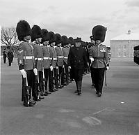 Le Gouverneur general du Canada Roland Michener<br /> visite la Citadelle de Quebec en avril 1967 (entre le 1er et le 7, date exacte inconnue)<br /> <br /> PHOTO : Agence Quebec Presse - Photo Moderne