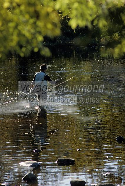 Europe/France/Limousin/23/Creuse: Pêche en rivière à la mouche et au fouet