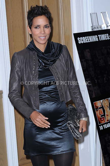 """WWW.ACEPIXS.COM . . . . . ....November 16 2009, New York City....Actress Halle Berry arriving at """"An Evening of Awareness"""" at the Crosby Street Hotel on November 16, 2009 in New York City.....Please byline: KRISTIN CALLAHAN - ACEPIXS.COM.. . . . . . ..Ace Pictures, Inc:  ..tel: (212) 243 8787 or (646) 769 0430..e-mail: info@acepixs.com..web: http://www.acepixs.com"""