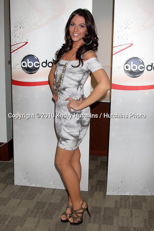 Adrianna Leon Nude Photos 39