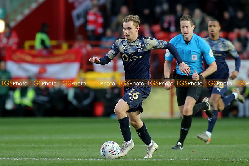 Luke Thomas of Barnsley races upfield during Charlton Athletic vs Barnsley, Sky Bet EFL Championship Football at The Valley on 1st February 2020
