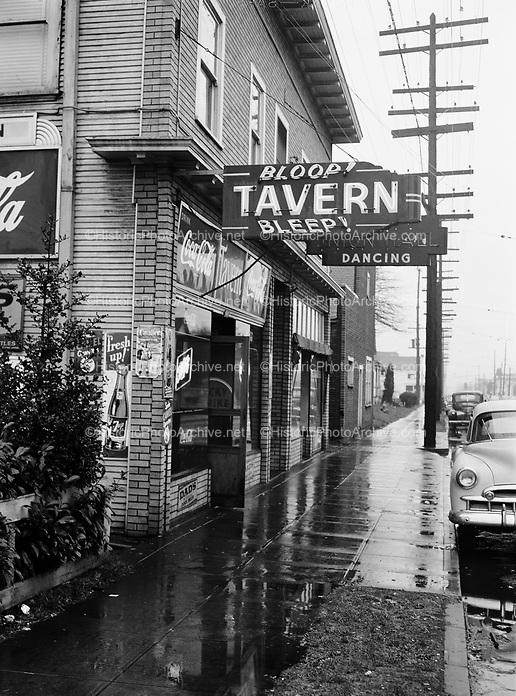9969-510206. Bloop Bleep Tavern, 4228 N. Williams Ave., near Skidmore, Portland, Oregon. February 6, 1951