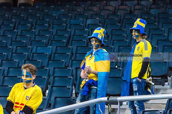 Solna 2013-11-19 Fotboll VM-kval Playoff , Sverige - Portugal :  <br /> Sverige supportrar ser nedst&auml;mda ut efter matchen<br /> (Photo: Kenta J&ouml;nsson) Keywords:  Sweden Portugal supporter fans publik supporters depp besviken besvikelse sorg ledsen deppig nedst&auml;md uppgiven sad disappointment disappointed dejected