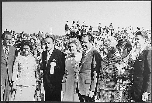 Pictured at a campaign event in California on November 27, 1971: United States Vice President Spiro T. Agnew, Mrs. Judy Agnew, Bob Hope, Delores Hope, U.S. President Richard M. Nixon, first lady Pat Nixon, Nancy Reagan, and Governor Ronald Reagan of California..Credit: White House / CNP