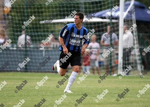 2010-07-21 / Seizoen 2010-2011 / Voetbal / K. Rupel Boom / Dries Ventose..Foto: mpics