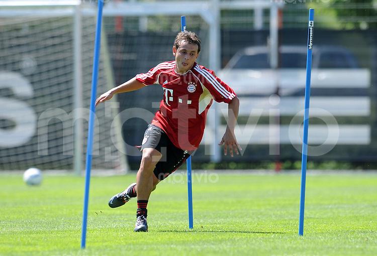 Fussball 1. Bundesliga:  Saison   2010/2011    Trainingsauftakt beim FC Bayern Muenchen 27.06.2011 Rafinha (FC Bayern Muenchen)