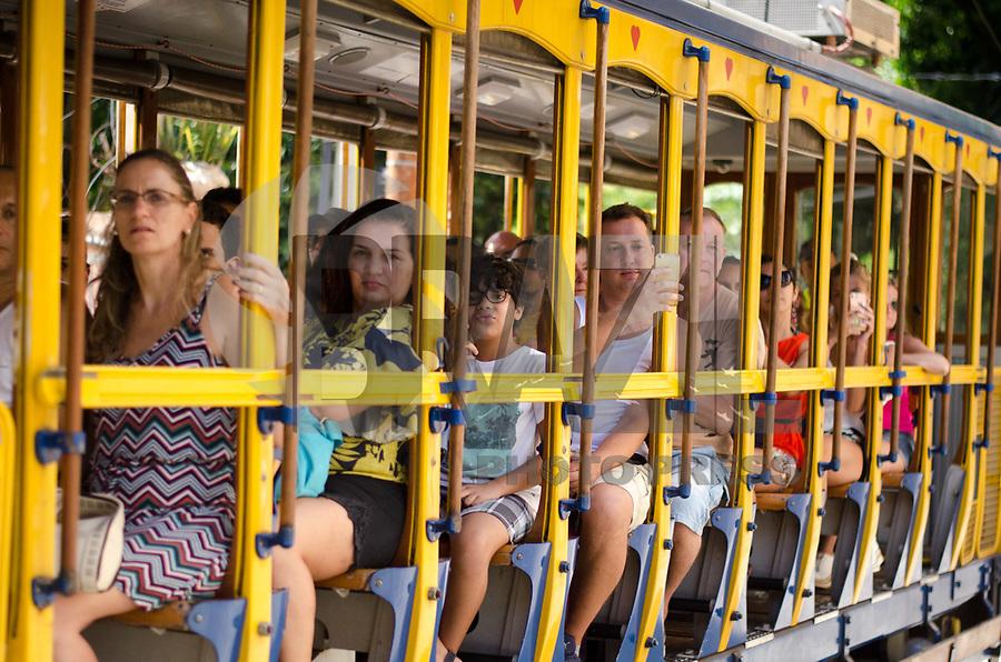 RIO DE JANEIRO,RJ, 05.01.2019 - COTIDIANO-RJ - Bondinho de Santa Tereza, a estação inicial fica proximo ao metrô Carioca, passando pelos Arcos da Lapa e finaliza em Santa Tereza,  Rio de Janeiro (05)(Foto: Vanessa Ataliba/Brazil Photo Press)