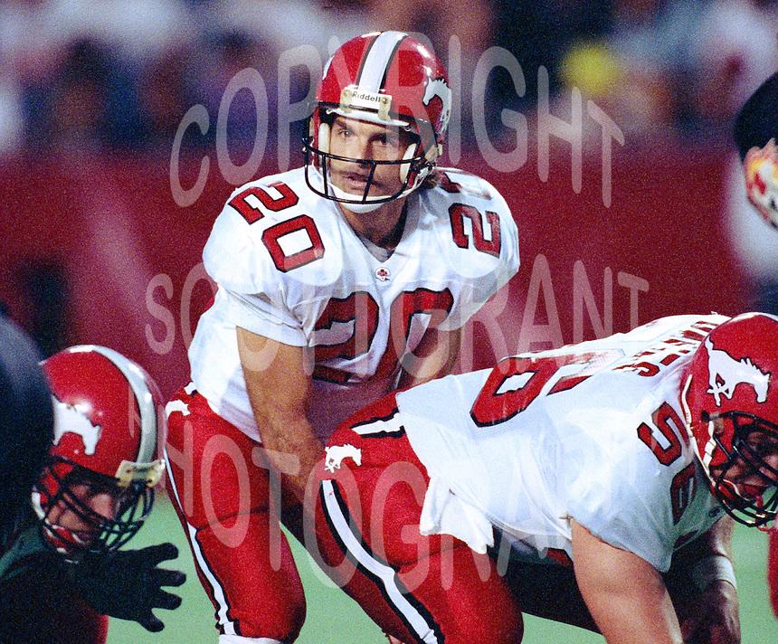 the best attitude a3abe 458a3 Doug Flutie-Calgary Stampeders-1992-20.jpg   Scott Grant ...