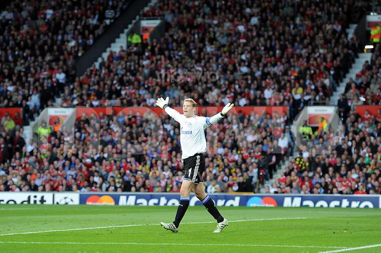 FUSSBALL   CHAMPIONS LEAGUE   Halbfinale  SAISON 2010/2011   Manchester United - FC Schalke 04       04.05.2011 Torwart Manuel Neuer (FC Schalke 04)