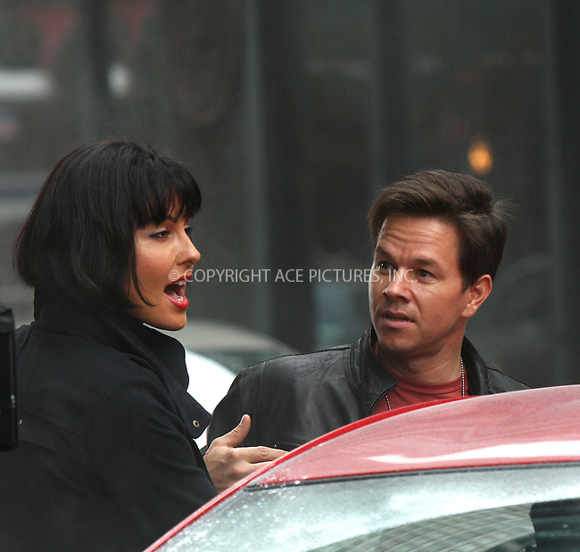 WWW.ACEPIXS.COM . . . . .  ....September 23 2009, New York City....Actors Mark Wahlberg and Tess Kartel on the midtown Manhattan set of the new movie 'The Other Guys' on September 23 2009 in New York City....Please byline: AJ Sokalner - ACEPIXS.COM..... *** ***..Ace Pictures, Inc:  ..tel: (212) 243 8787..e-mail: info@acepixs.com..web: http://www.acepixs.com