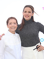 BEVERLY HILLS, CA - OCTOBER 7 : Gail Abarbanel, Jennifer Garner, at The 2018 Rape Foundation Annual Brunch at Private Residence in Beverly Hills California on October 7, 2018. <br /> CAP/MPI/FS<br /> &copy;FS/MPI/Capital Pictures