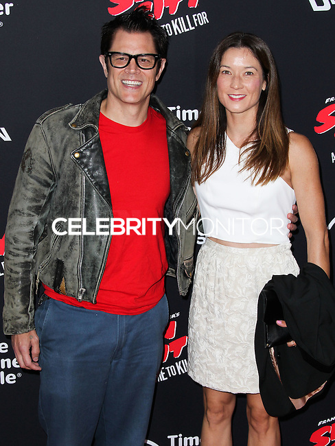 HOLLYWOOD, LOS ANGELES, CA, USA - AUGUST 19: Johnny Knoxville, Naomi Nelson at the Los Angeles Premiere Of Dimension Films' 'Sin City: A Dame To Kill For' held at the TCL Chinese Theatre on August 19, 2014 in Hollywood, Los Angeles, California, United States. (Photo by Xavier Collin/Celebrity Monitor)