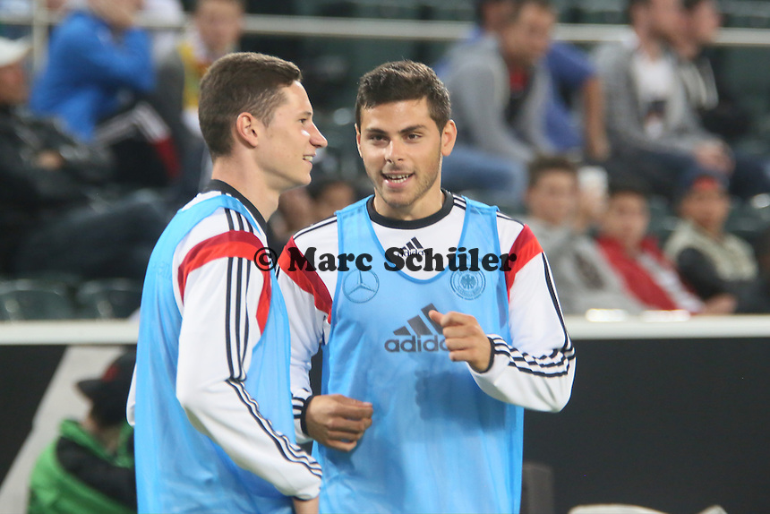 Kevin Volland (D) und Julian Draxler (D) - Deutschland vs. Kamerun, Mönchengladbach
