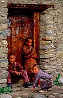 Asia, Buthan, Bunthang, Children