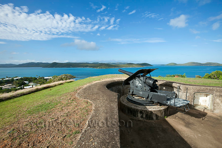 Gun overlooking the Torres Stait islands at Green Hill Fort.  The fort was built in 1893 to protect against a Russian invasion.  Thursday Island, Torres Strait Islands, Queensland, Australia