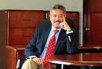 Sergio Correu Gleaves