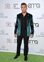 BURBANK, CA. October 22, 2016: Lance Bass at the 26th Annual Environmental Media Awards at Warner Bros. Studios, Burbank.<br /> Picture: Paul Smith/Featureflash/SilverHub 0208 004 5359/ 07711 972644 Editors@silverhubmedia.com