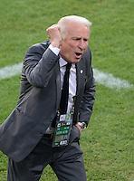 FUSSBALL  EUROPAMEISTERSCHAFT 2012   VORRUNDE Italien - Irland                       18.06.2012 Trainer Giovanni Trapattoni (Irland) emotional