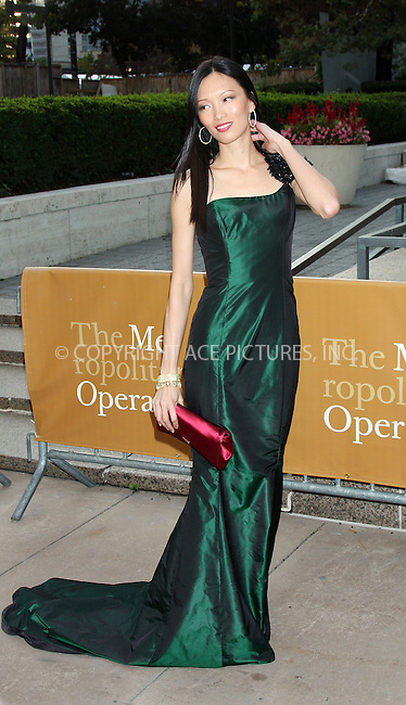 WWW.ACEPIXS.COM . . . . .  ....September 21 2009, New York City....Ling at the Metropolitan Opera opening night with a performance of 'Tosca' at the Lincoln Center for the Performing Arts on September 21, 2009 in New York City.....Please byline: AJ Sokalner - ACEPIXS.COM..... *** ***..Ace Pictures, Inc:  ..tel: (212) 243 8787..e-mail: info@acepixs.com..web: http://www.acepixs.com