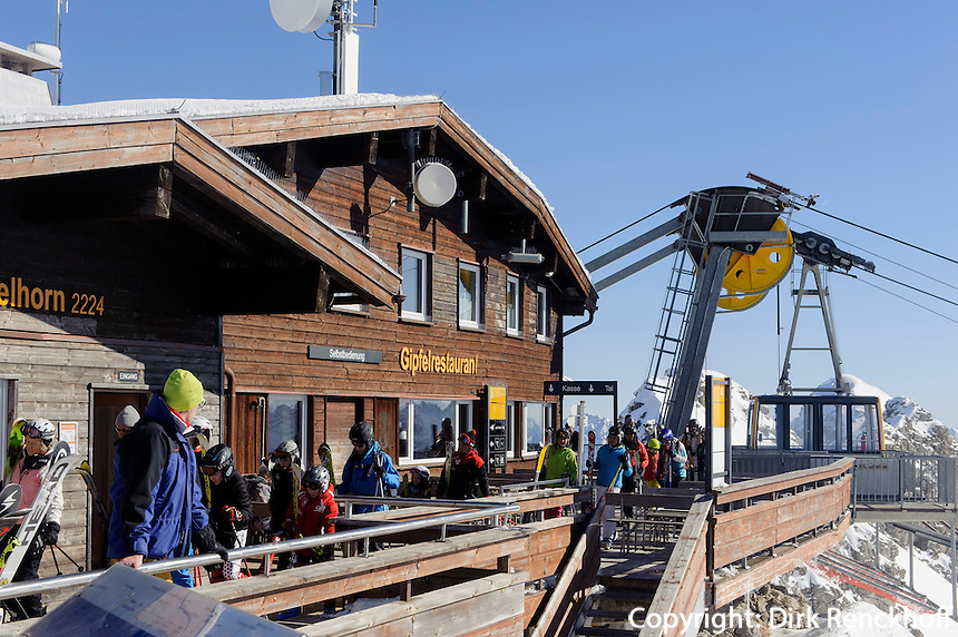 Seilbahn zur Gipfelstation des Nebelhorn bei  Oberstdorf im Allg&auml;u, Bayern, Deutschland<br /> cable car onto top station of  Mt.Nebelhorn near Oberstdorf, Allg&auml;u, Bavaria, Germany