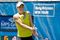 April 9, 2010:  MPS Group Championships.   Melanie Oudin (USA) eyes a backhand during Quarterfinal singles action at the MPS Group Championships played at the Sawgrass Country Club in Ponte Vedra, Florida. Elena Vesnina (RUS) defeated Melanie Oudin (USA) 6-2, 6-1 to move to the Semifinals...