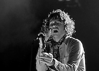 Luke Pritchard & The Kooks perform on British Invasion Day at V Festival Toronto (9/07//08)