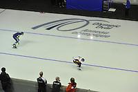 SPEEDSKATING: CALGARY: 13-11-2015, Olympic Oval, 3000m, Yvonne Nauta (NED), Martina Sábliková (CZE), ©foto Martin de Jong