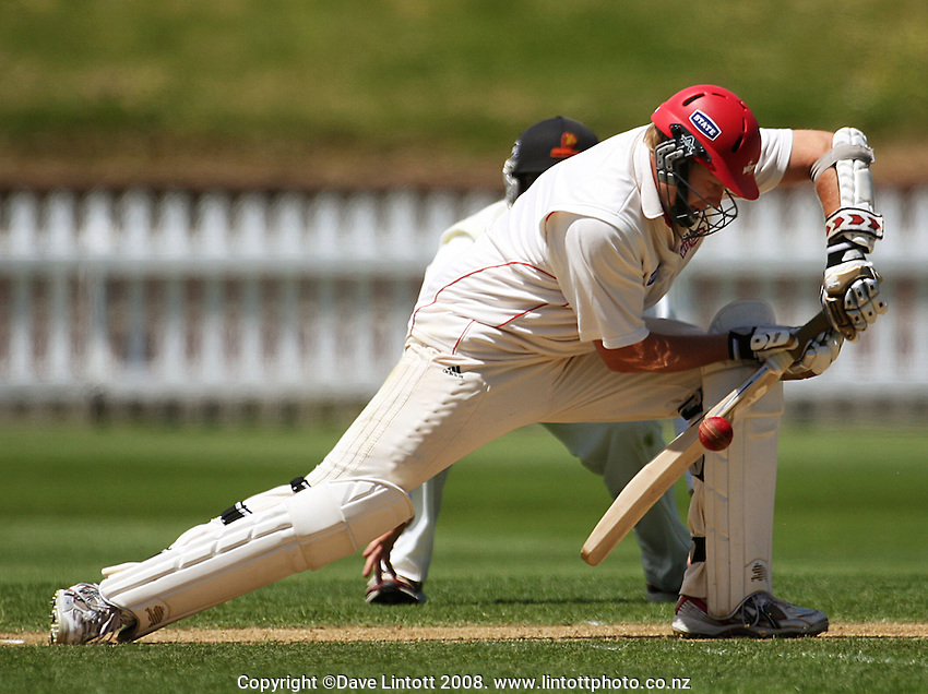 Michael Davidson bats during the State Championship cricket match between the Wellington Firebirds and Canterbury Wizards at Allied Prime Basin Reserve, Wellington, New Zealand on Wednesday, 19 November 2008. Photo: Dave Lintott / lintottphoto.co.nz