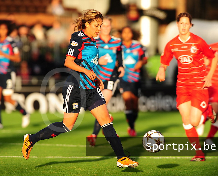 Uefa Women 's Champions League Final 2011 at Craven Cottage Fulham - London : Olympique Lyon - Turbine Potsdam : Louisa Necib..foto DAVID CATRY / JOKE VUYLSTEKE / Vrouwenteam.be.