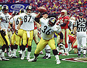 Pittsburgh Steelers Jerome Bettis (36) during a game from his 1999 season with the Pittsburgh Steelers. Jerome Bettis played for 13 seasons with 2 different team, was a 6-time Pro Bowler and was inducted into the Pro Football Hall of Fame in 2015.(SPORTPICS)