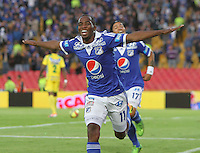 BOGOTA -COLOMBIA- 31 -08-2013. Dahwling Leudo  de Millonarios celebra su gol  contra el Huila ,  partido correspondiente a la octava  fecha de la  Liga Postobón segundo semestre disputado en el estadio Nemesio Camacho El Campin      / Dahwling Leudo of Los Millonarios celebrates his goal against Huila, game for the eighth day of the second semester Postobón League match at the Estadio Nemesio Camacho El Campin El Campin. Photo: VizzorImage / Felipe Caicedo / Sttaff