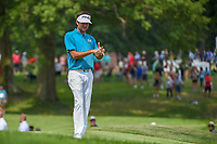 Bubba Watson (USA) looks over his lie before chipping on to 2 during 4th round of the World Golf Championships - Bridgestone Invitational, at the Firestone Country Club, Akron, Ohio. 8/5/2018.<br /> Picture: Golffile | Ken Murray<br /> <br /> <br /> All photo usage must carry mandatory copyright credit (© Golffile | Ken Murray)