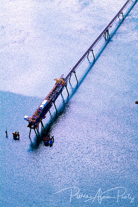 Paagoumène, wharf de chargement de minerai