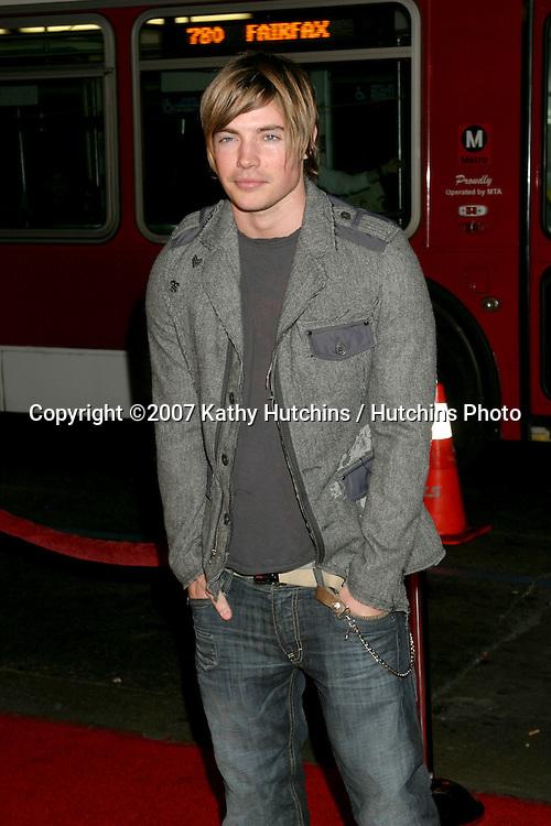 "Josh Henderson.""Music & Lyrics"" Premiere.Mann's Grauman Theater.Los Angeles, CA.February 7, 2007.©2007 Kathy Hutchins / Hutchins Photo."