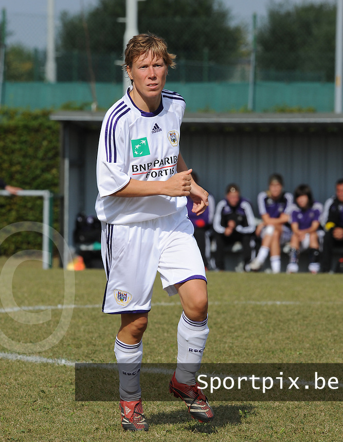 RSC Anderlecht : Nadia Dermul.foto DAVID CATRY / Vrouwenteam.be