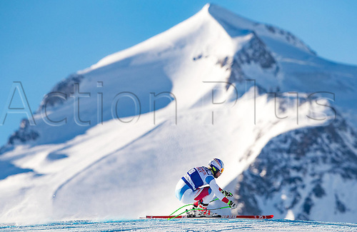 01.12.2016, Val d Isere, France.  FIS World Cup Alpine skiing , Val d Isere, Training. Carlo Janka of Switzerland in action during the 2nd practice run