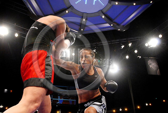 KIEL - GERMANY 28 FEB 2008 -- Norwegian proffessional boxer at the German team Sauerland, Cecilia BRAEKHUS (BRÆKHUS) in Kiel in a fight with German Tatjana DIECKMANN. BRAEKHUS wins the match. -- PHOTO: © GORM K. GAARE/ EUP-BERLIN..